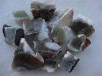 کلکسیونی زیبا و نایاب از سنگهای قیمتی اوپال سبز - سفید به وزن 300 گرم