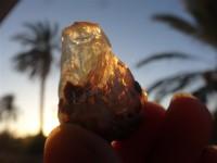 سنگ قیمتی طبیعی و راف  اوپال ژله ای آتشین به وزن 93 قیراط